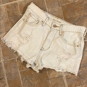 Bullhead Denim high waisted distressed jean shorts